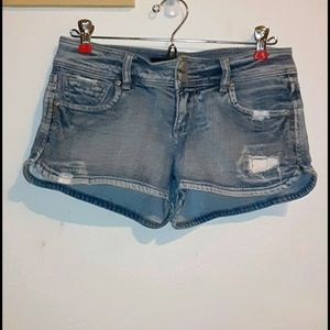 EUC! Blue Spice distressed jean shorts. Size 5